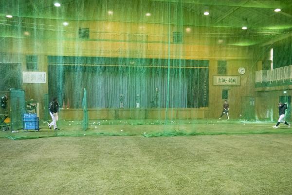 小山ベースボールビレッジ室内練習場
